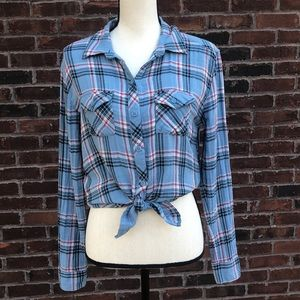 Beachlunchlounge collection plaid button down top